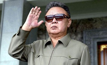North Korea mourns dead Kim Jong-il as UK hopes for 'turning point'