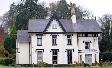 Revealed: The Welsh manor house that inspired Downton Abbey