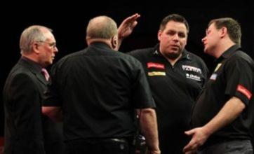 Adrian Lewis reaches darts final after breeze stops play