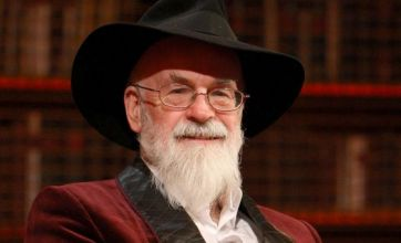 Sir Terry Pratchett: Euthanasia report is 'not enough'
