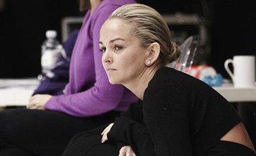 Jennifer Ellison to skate on in Dancing On Ice despite cracked rib