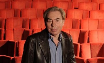 Andrew Lloyd Webber auditioning women for Jesus Christ Superstar