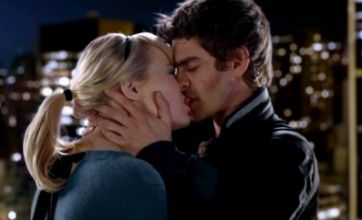 The Amazing Spider-Man trailer shows Gwen Stacy and Peter Parker kissing