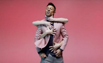Marcus Collins gets grabbed by lots of women in Seven Nation Army video
