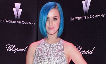 Katy Perry's chicken 'sparks bomb scare' during tour