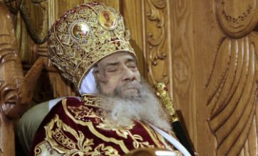 Egyptian Christians pay their final respects to Pope Shenouda III