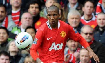 Sir Alex Ferguson: Ashley Young went down 'quite easily'