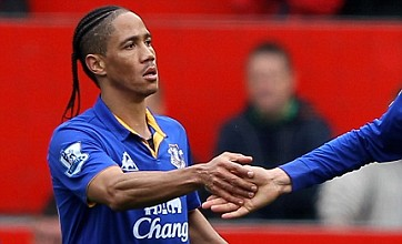 Warrant issued for Steven Pienaar's arrest as Everton ace skips court