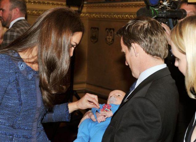 Duchess of Cambridge, baby, Prince William, Royal Wedding,Vic Vicary
