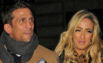 Alex Reid slams reports he has called off wedding to Chantelle Houghton