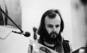 John Peel's record collection is to be posted online (Getty)