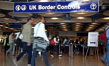 Targets for immigration queues are missed at Heathrow