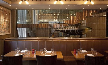 Hix Belgravia is a big fish in a pond lacking personality