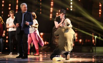 The Voice coach Tom Jones rehearses for performance with his hopefuls