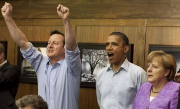 David Cameron watches Chelsea beat Bayern Munich with Angela Merkel