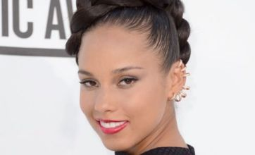 Alicia Keys secures red carpet attention with diamond cuff earrings