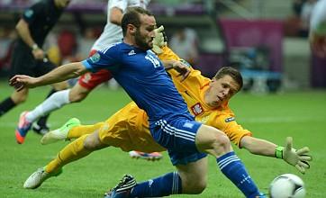 Wojciech Szczesny howlers cost Poland Euro 2012 win over Greece