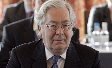 Sir Mervyn King criticises 'shoddy' treatment of customers by banks