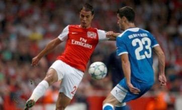 Arsenal set to cash in on Marouane Chamakh as Fiorentina move nears