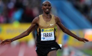 Mo Farah celebrates his 5,000m win at Crystal Palace (PA)