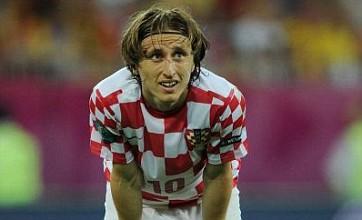 Luka Modric move to Real Madrid stalling as Nuri Sahin digs heels in