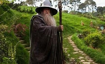 New Hobbit images show Gandalf in the Shire