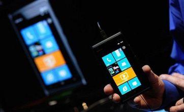 Nokia slashes Lumia 900 price in US by 50 per cent