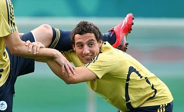 Santi Cazorla talks rumble on as Arsenal refuse to shut transfer door