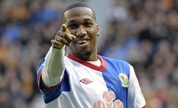 Junior Hoilett completes QPR move from Blackburn