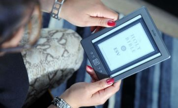 Ebooks re-Kindle the love affair of reading as traditional books flop