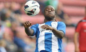Chelsea close in on striker Victor Moses and defender Cesar Azpilicueta