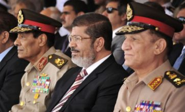 Egypt: President Mohammed Morsi 'retires' army chief of staff