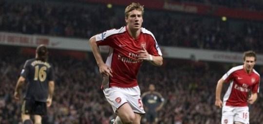 Nicklas Bendtner, Arsenal. AC Milan