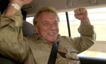 Freddie Starr 'gagging' order on media is lifted by judge