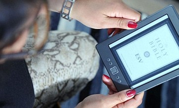 Using your tablet or e-reader at night may cause depression