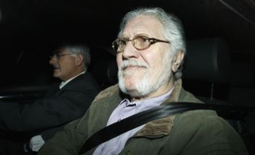 Dave Lee Travis: Arrest has nothing to do with kids