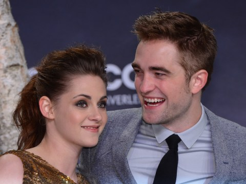 Robert Pattinson spends Christmas apart from Kristen Stewart