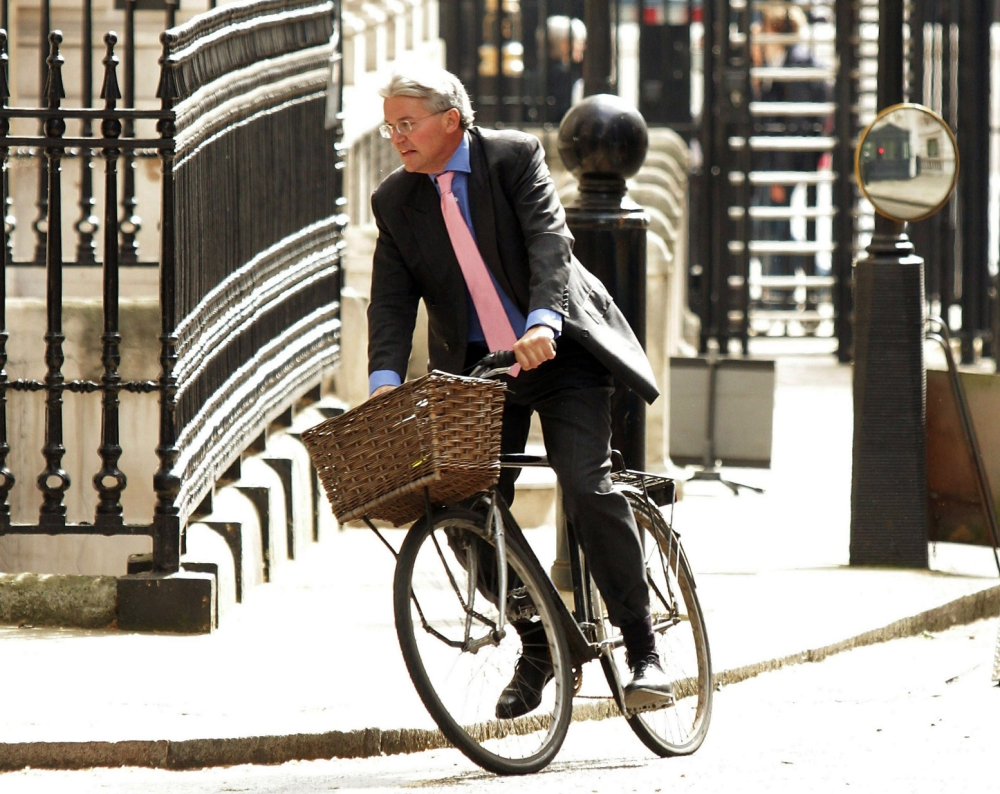 Beat £200 eBay bid to ride off with Andrew Mitchell's 'plebgate' bicycle