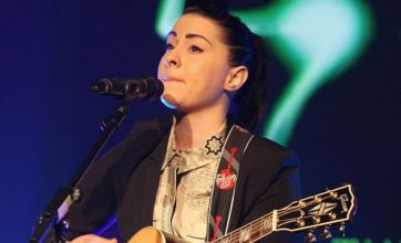 Lucy Spraggan plans to release debut album in March 2013