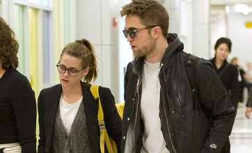 Robert Pattinson ditches Kristen Stewart to spend Christmas in the UK