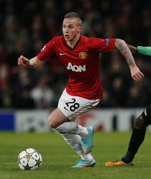 Alex Buttner unaware of Manchester United's 6-1 thrashing by City neighbours