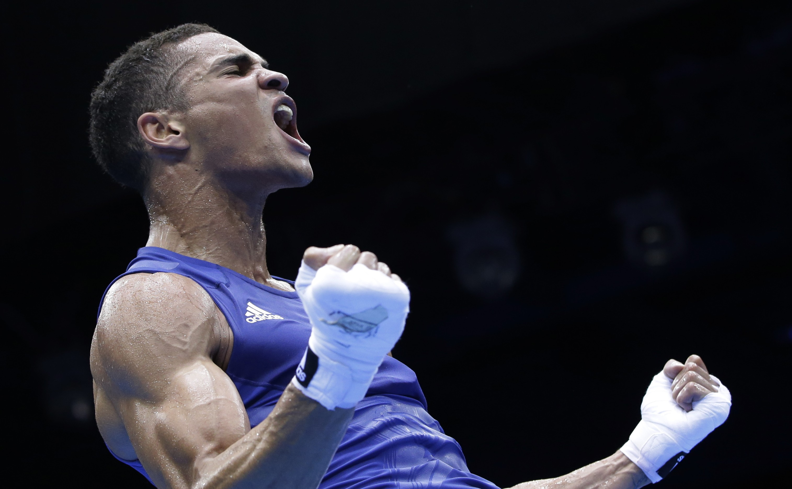 Anthony Ogogo turns his back on Rio 2016 Olympics to sign lucrative professional deal