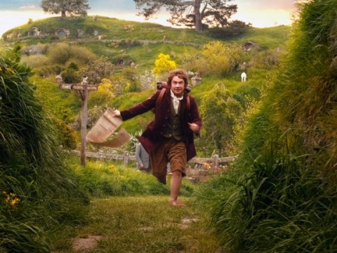 The Hobbit sees off challenge from Jack Reacher at festive UK box office