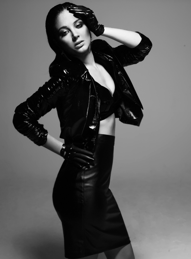 Tulisa Contostavlos ditches urban roots for glamorous leather photoshoot