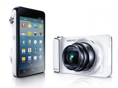 Samsung Galaxy camera review: Christmas party photos have a new face
