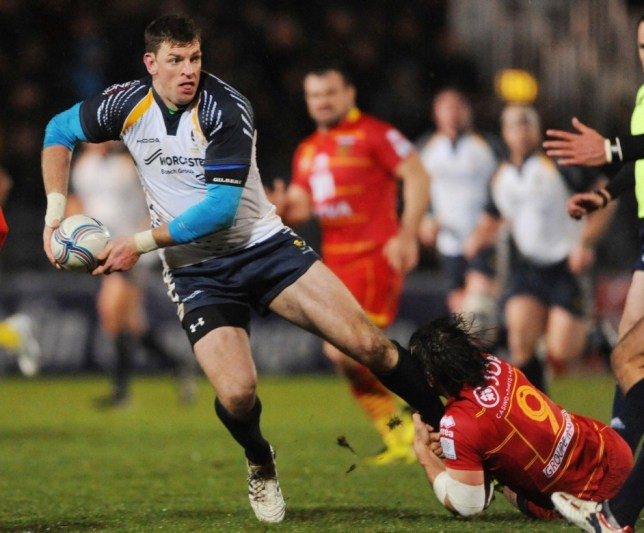 Nikki Walker (left) and his Worcester team-mates have been warned to be wary of London Welsh (Picture: Reuters/Action Images)