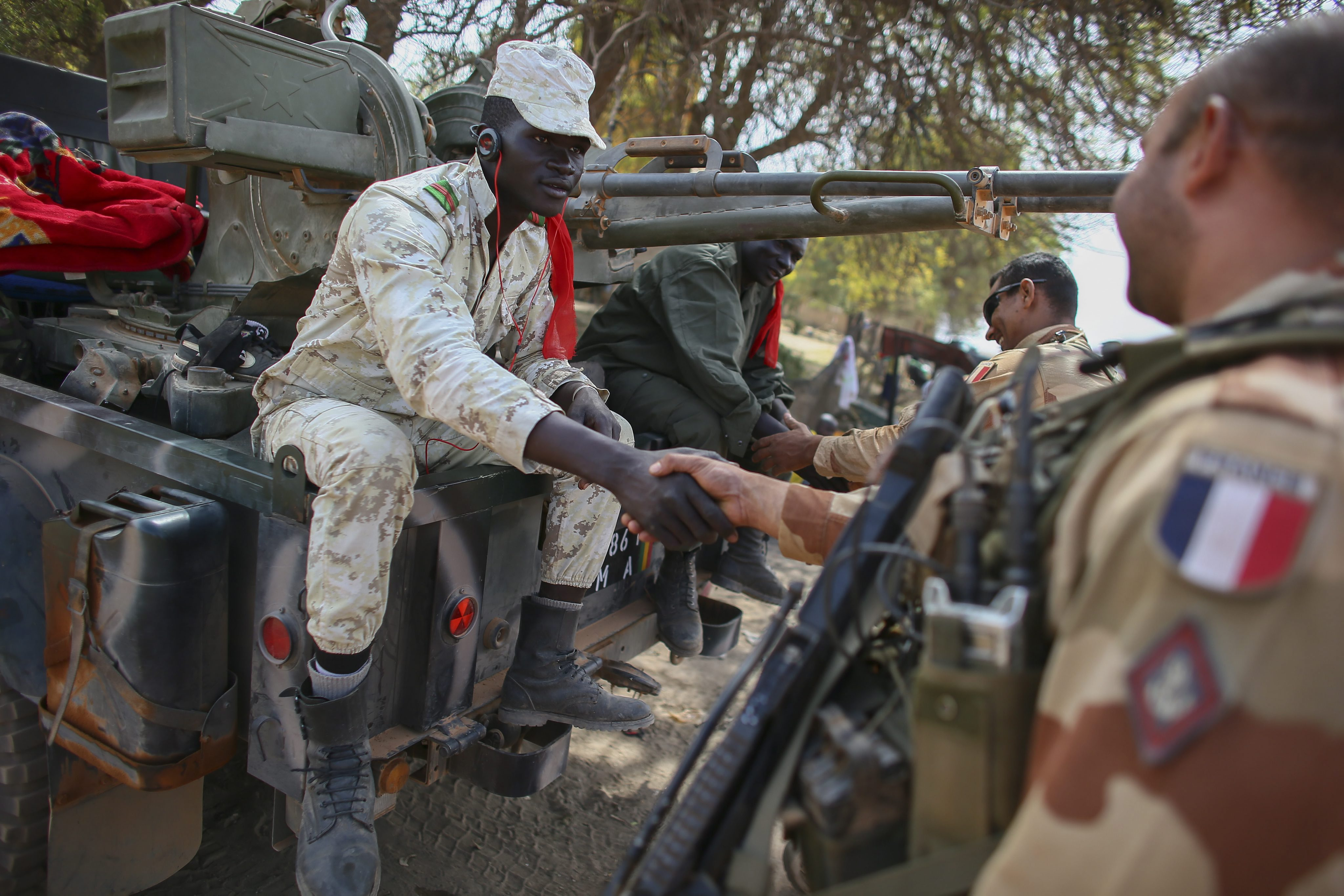Gallery: US aid French troops in Mali conflict – 22 January 2013