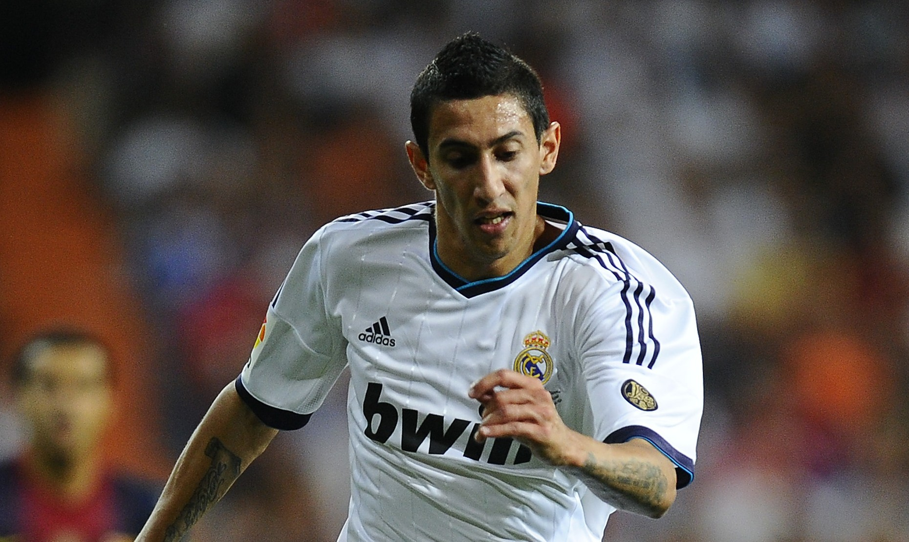 Manchester United 'eye Angel di Maria as Luis Nani replacement'