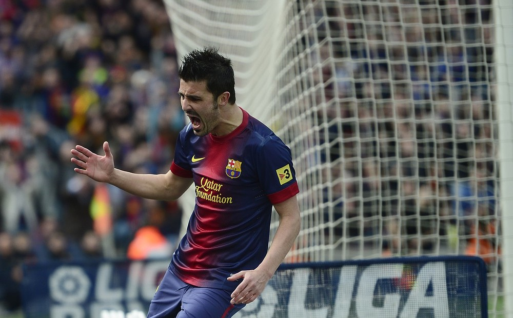 Arsenal on alert as Barcelona admit David Villa can leave club