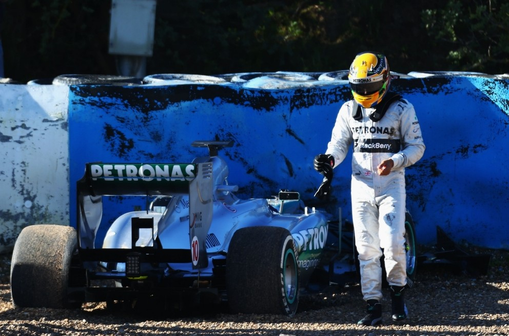 Lewis Hamilton crashes new Mercedes on first day of testing